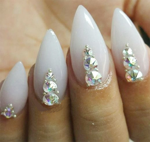 Ideas On How To Do Chrome Nail Art Explained In Detail