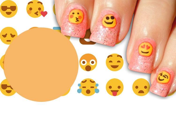 Nail Painting Emoji