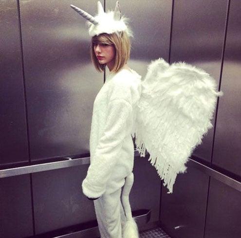 Taylor Swift looks
