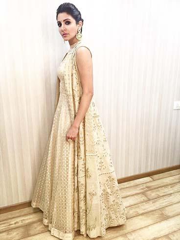 Anushka Sharma Anita Dongre Outfit