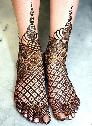 15 Mehandi Designs For Legs The Perfect List For A Bride To Be