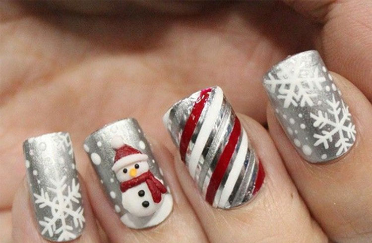 Cute Santa On The Nails
