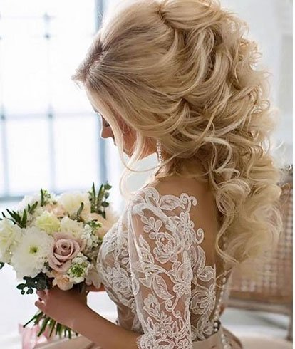 Quinceanera-Hairstyles-For-Medium-Hair