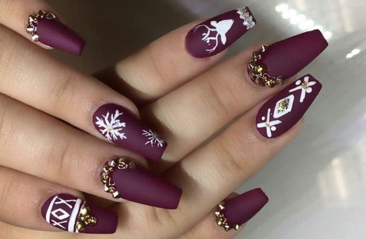 Gorgeous Winter Nail Art Ideas For Christmas