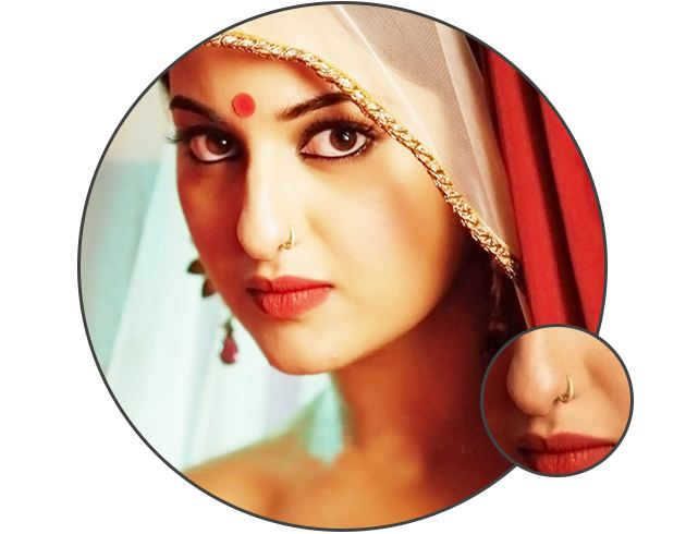 Bollywood Actress With Nose Ring