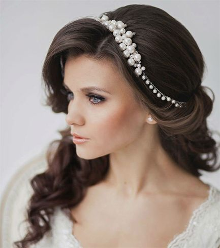 Pretty Hair Accessories For Wedding