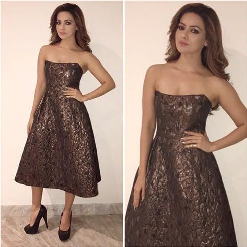 Sana Khan Fashion Dress