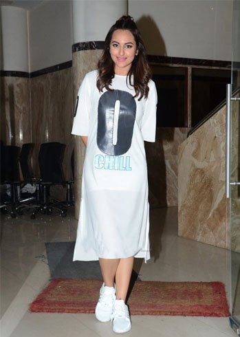 Sonakshi sported a man-bun during her promotional run up for Akira.