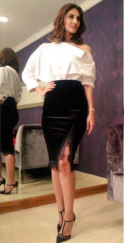 Vaani Kapoor in a black velvet fitted skirt