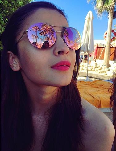 Alia Bhatt Sunglasses