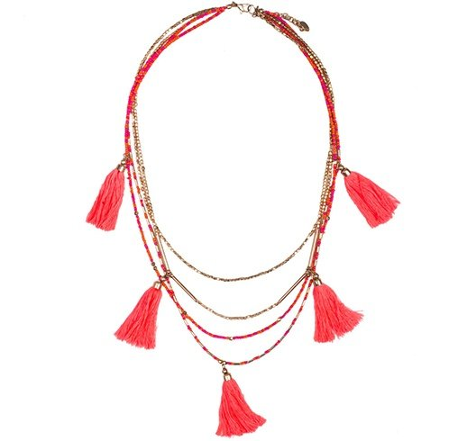 A tassel necklace to add frills to your outfit