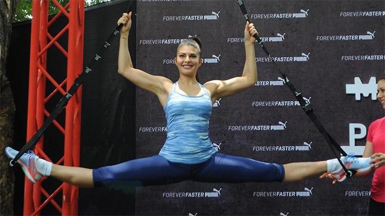 Jacqueline Fernandez Workout