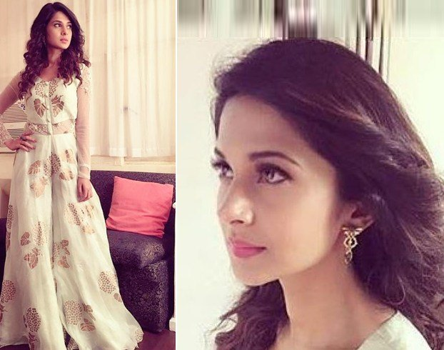Jennifer Winget in Yashodhara
