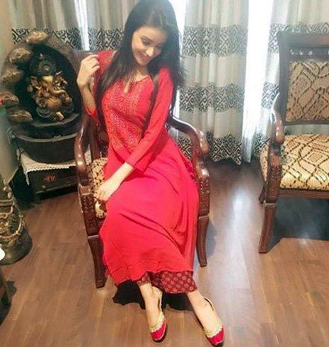 Ankita Sharma in CraftsAdda