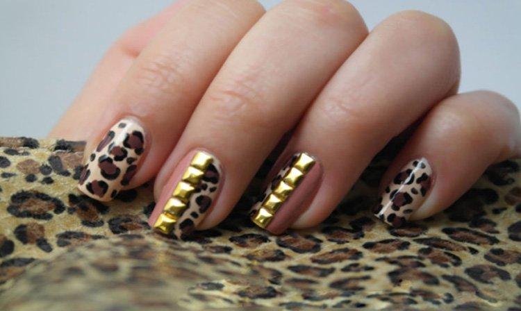 Cheetah print manicure