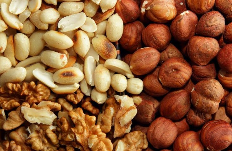 Dont Eat Allergy-Causing Nuts duringy pregnancy