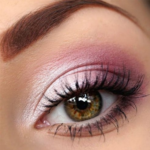 Eye Makeup for Pink dress