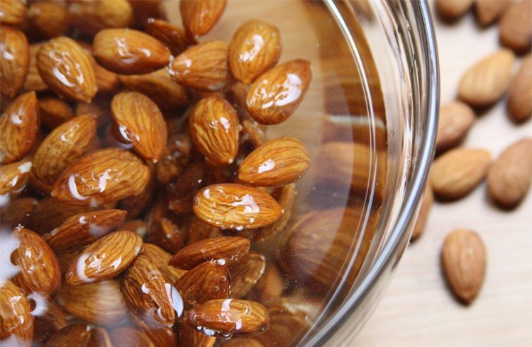 Soaked-Almonds-For-Weight-Loss