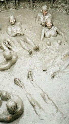 What is mud bath