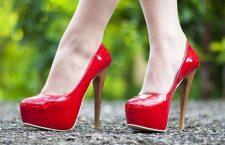 How to walk in heels for women
