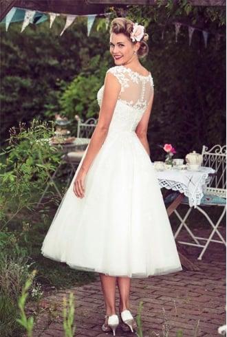Indian reception dresses, bride reception dress