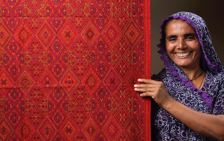 Shrujan will present the Mutwas and the Meghwaad Maarus embroideries