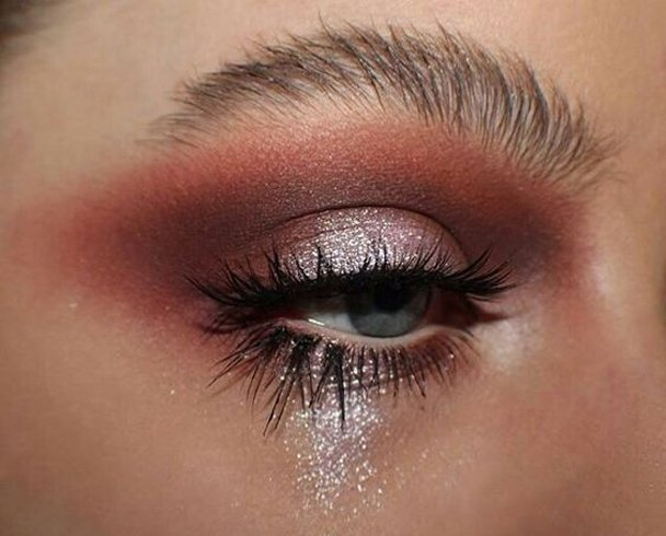 Taupe grey eyeshadow