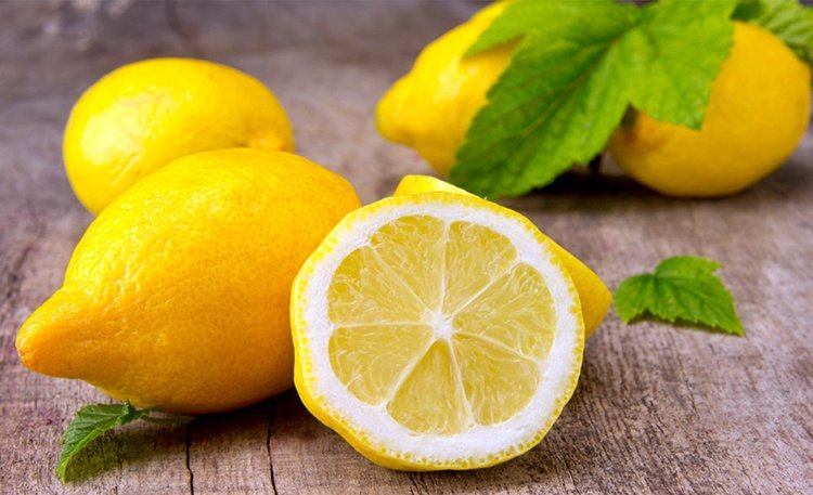 Lemon Treatment for Underarm Rash
