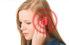 get water out of ear for women