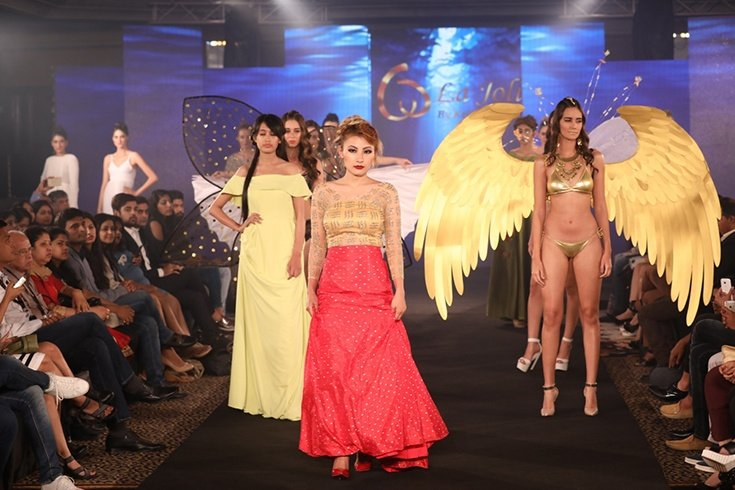 Models at Keith Jackson Show at IIFW