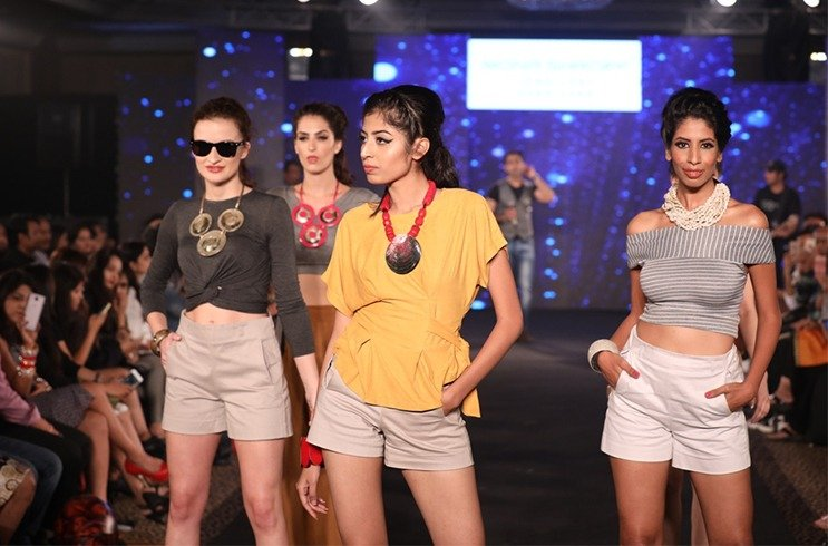 Models at Mona Shroff and Rajiv Mehta Show at IIFW
