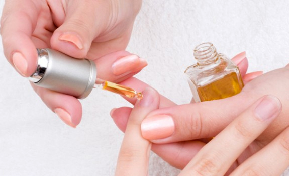 Sastest way to dry your nails for women