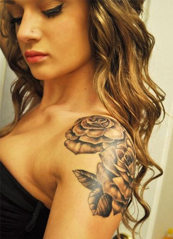 Shoulder tattoo women