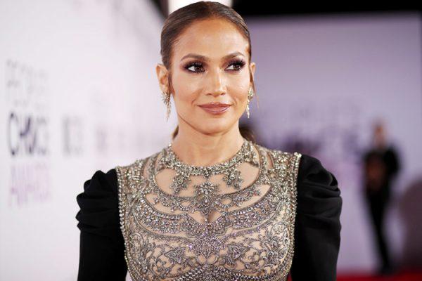 Jennifer Lopez Height, Weight, Age, Measurements