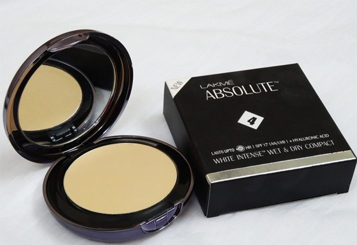 Lakme Compact Powder For Sensitive Skin