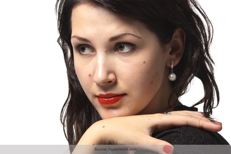 Natural Ways To Remove Dead Skin From Face
