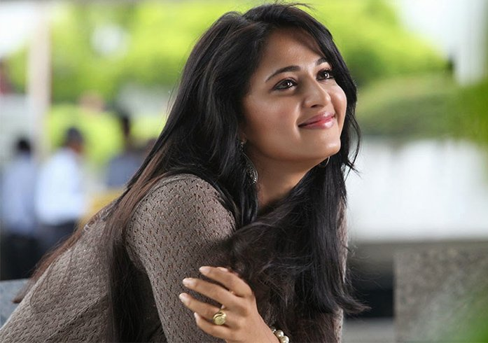 Anushka Shetty Cute Smile