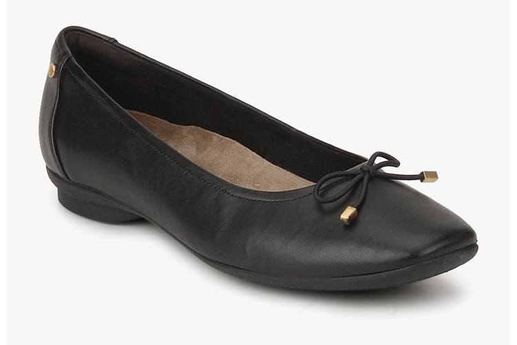Candra Light Black Belly Shoes