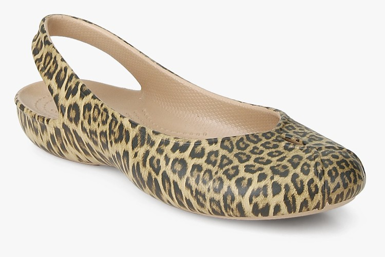 Olivia Ii Graphic Beige Belly Shoes