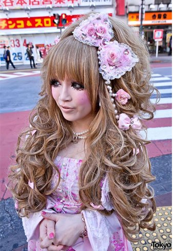 Gyaru fashion