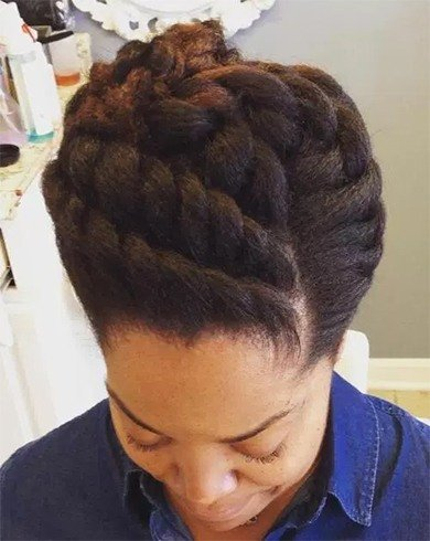 Hairstyles For Short Natural Hair