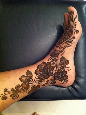 Mehandi Designs for Feets Images