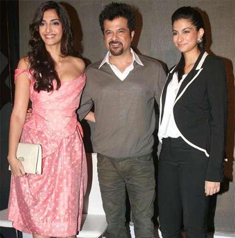 Anil Kapoor - Sonam and Rhea Kapoor