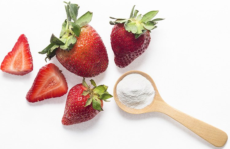 how to clean strawberries with baking soda