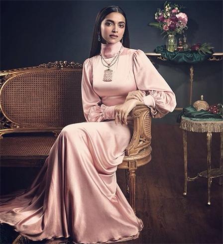 Deepika Padukone Gowns