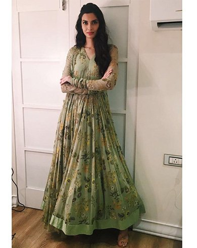 Diana Penty Outfit