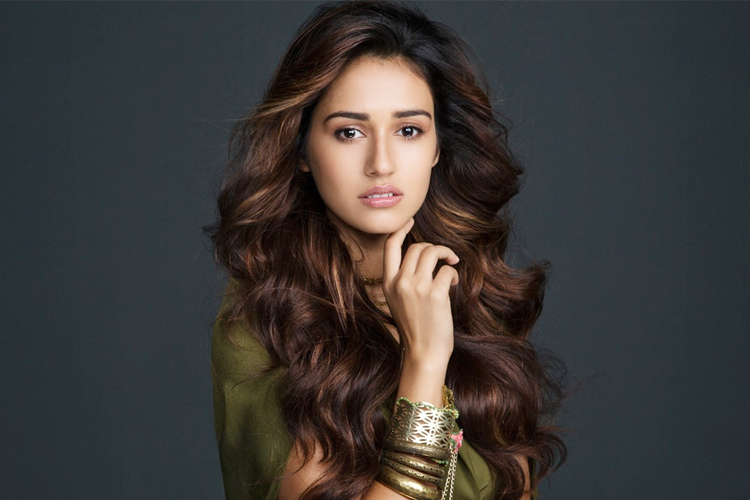 Disha Patani Height