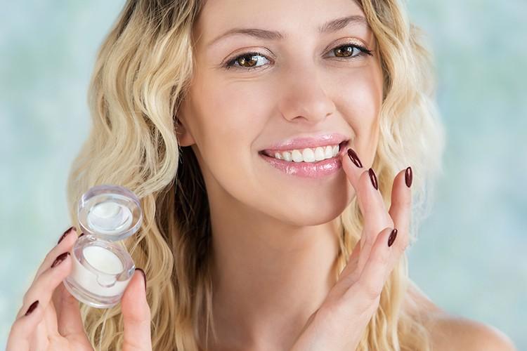 DIY Lip Balm and Lipstick Recipes