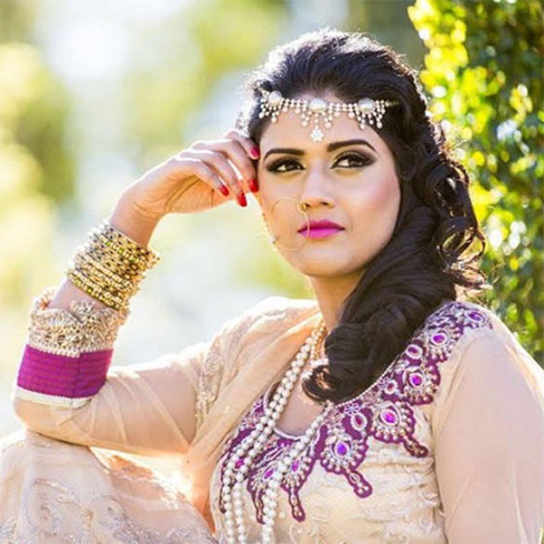 Indian Bridal Hairstyles With Royal Curls
