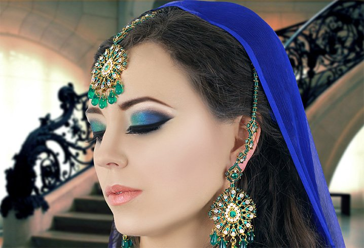 Makeup To Go With Blue Dress